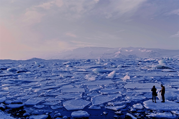 Sea Ice Melting Rapidly At Both North And South Poles