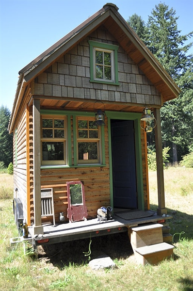 Tiny Houses the Answer to Our Environmental Problems?