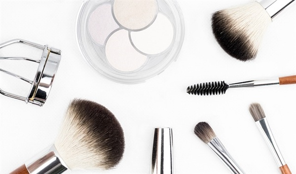 The Impacts of Irresponsible Cosmetics